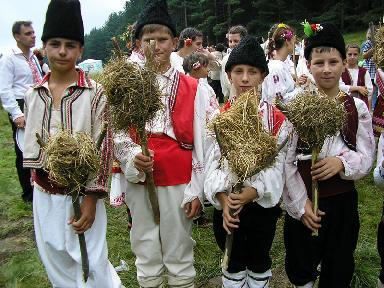 Children at Koprivshtitsa Festival of Folk Art