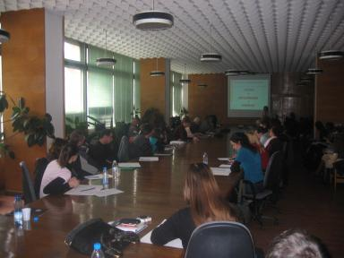 Presentations during the Round Table