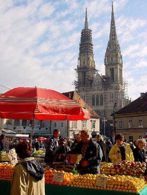 The market at Zagreb Gothic Cathedral