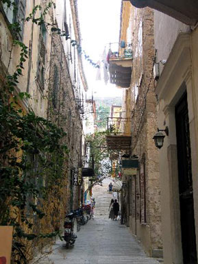 Narrow street in Nauplion